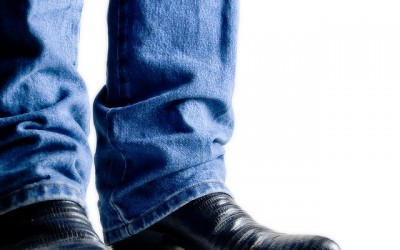 How To Wear Jeans With Boots