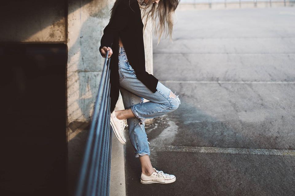 girl-983969_960_720
