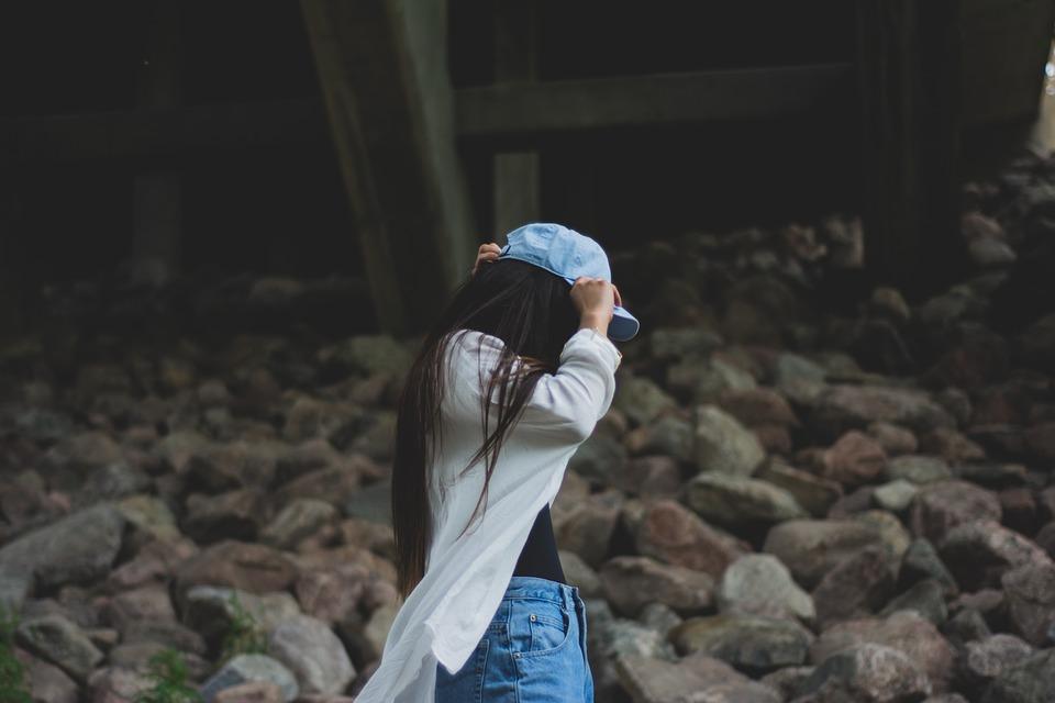 girl-828974_960_720