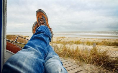9 Easy Ways to De-Wrinkle Jeans