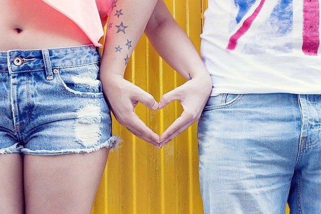 Jeans vs Denim Shorts: Which Should I Choose?