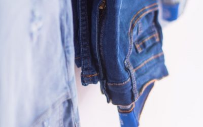 7 Benefits of Line Drying Your Jeans