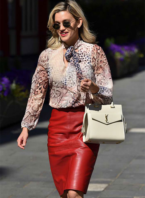 Ashley Roberts Leather Skirt - Click Image to Close
